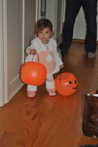 a rare happy moment on Halloween from Ally=)